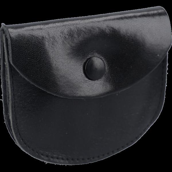 Lederetui mit Steg, Farbe SchwarzOhne Prägung, m. Druckknopf, 8x7cm
